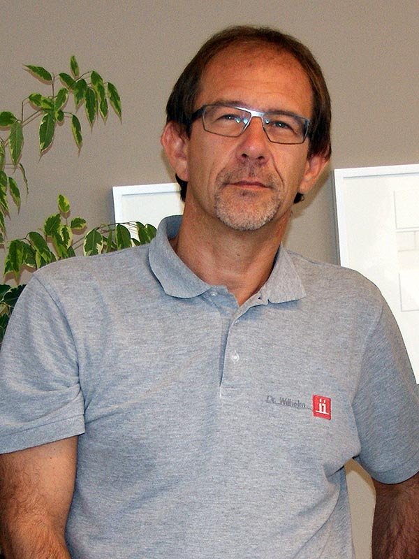 Dr. Oliver Wilhelm